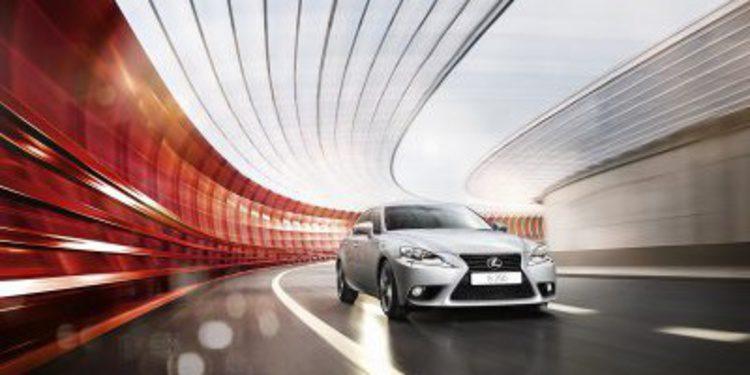 Lexus completa la gama IS con la versión IS 250