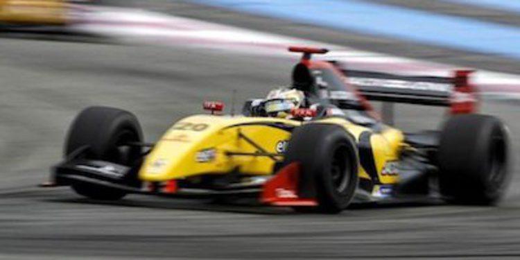 Magnussen roza el título tras dominar en Paul Ricard