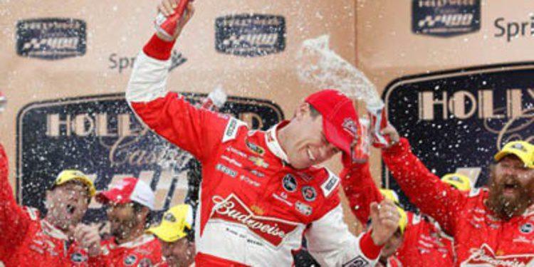 NASCAR Chase 2013: Kevin Harvick sorprende en Kansas