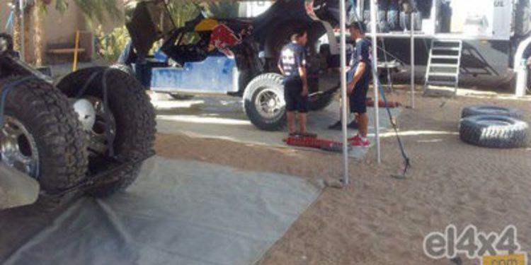 El buggy de Carlos Sainz de test para el Dakar 2014