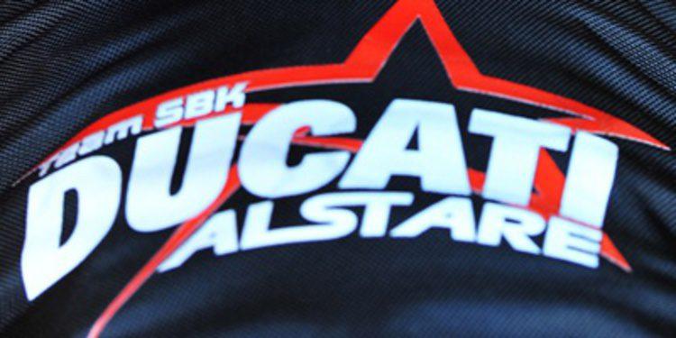 Xavi Forés con Ducati Alstare en el cierre del WSBK