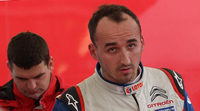 Robert Kubica con un Citroën DS3 WRC oficial en Gales