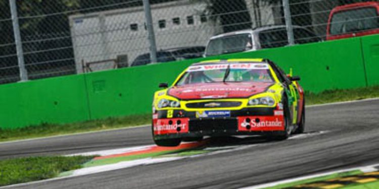Ander Vilariño se corona bicampeón de la NASCAR Europea