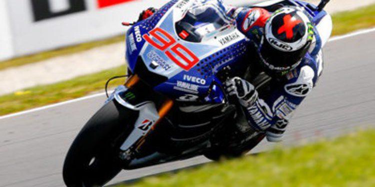 Jorge Lorenzo pole de MotoGP en Phillip Island entre plumas y alas