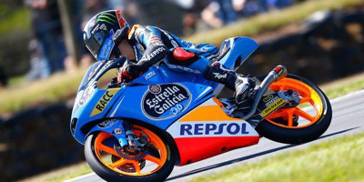 Alex Rins gana en Moto3 por tres milésimas sobre Viñales