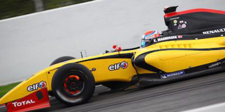 Magnussen redondea la cita con triunfo en Barcelona