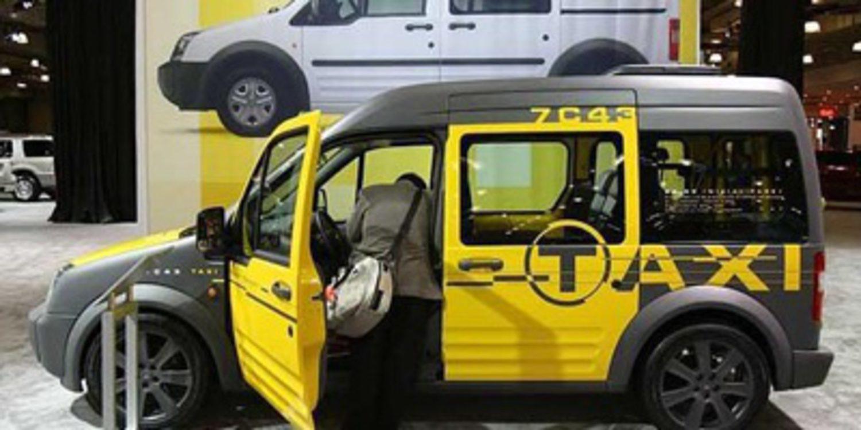 La Ford Transit Connect, taxi en Hong Kong y Los Angeles