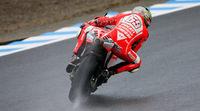 Los pilotos de MotoGP en Motegi leen su clasificación