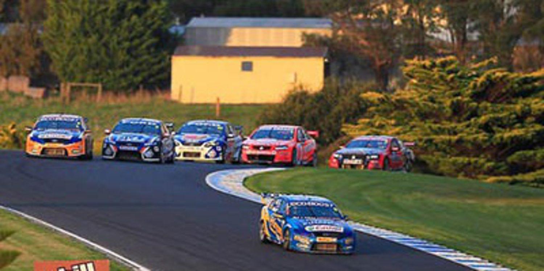 V8 Supercars: Phillip Island, precuela de un final apasionante