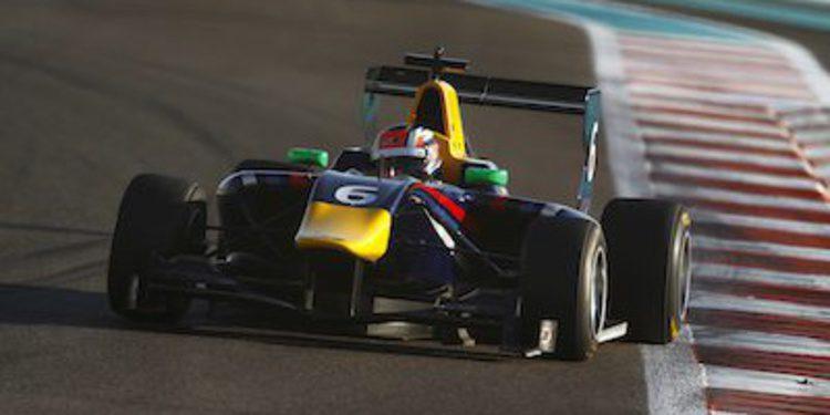 Patric Niederhauser cierra los test de GP3 en Abu Dhabi con el mejor tiempo