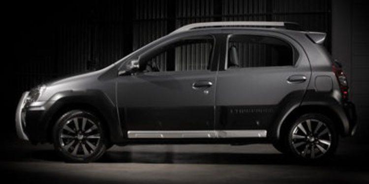 Toyota presenta el Etios Cross, para el mercado brasileño