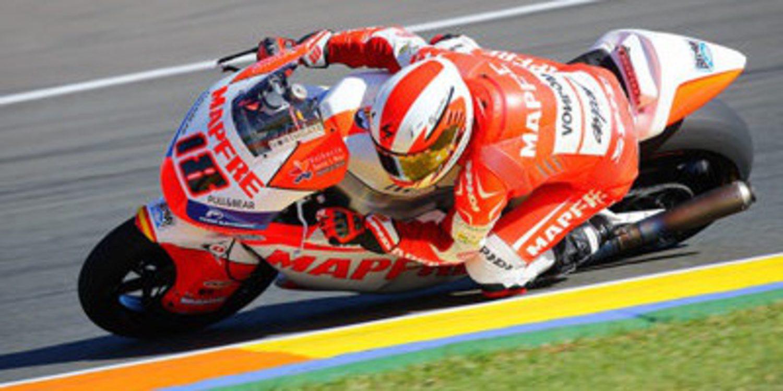 Nico Terol gana en Cheste con doblete de Aspar en Moto2