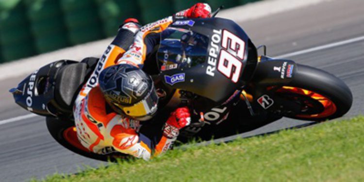 El campeón Marc Márquez toma el relevo en el test de Valencia