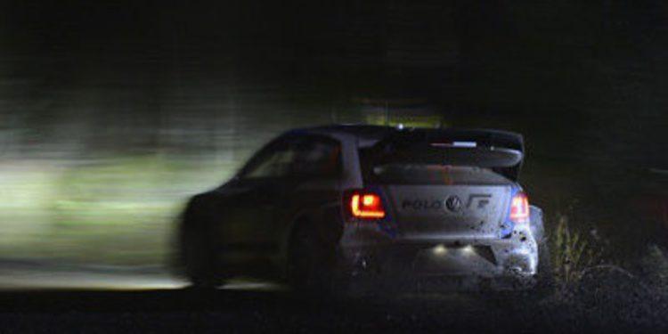 Sebastien Ogier empieza tirando en el Rally de Gales