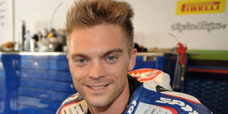 Leon Camier a un paso de IodaRacing en MotoGP
