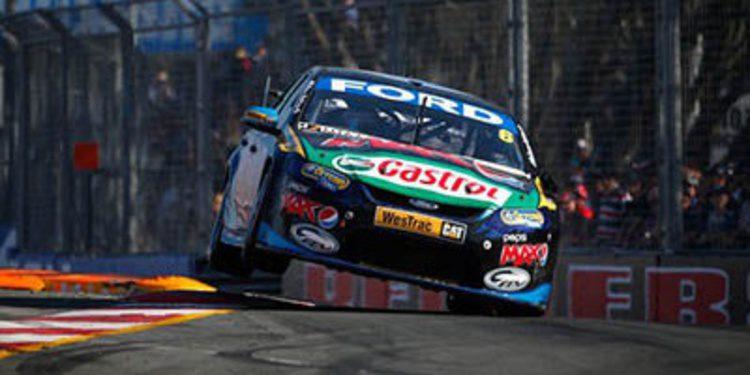 Los V8 Supercars toman la Villa Olímpica de Sydney