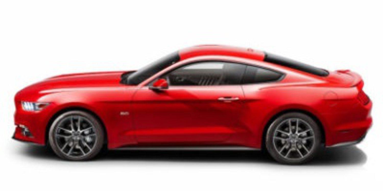 Ford Mustang 2015 al desnudo y en video