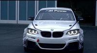 BMW pone a fondo al M235i Racing
