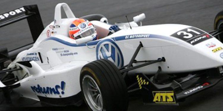Volskwagen y Mercedes estrenan motores de F3