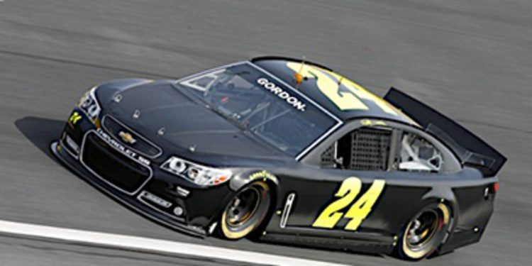La NASCAR prueba variantes en el Gen6