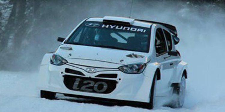 Thierry Neuville prepara el Rally de Montecarlo sobre el i20 WRC