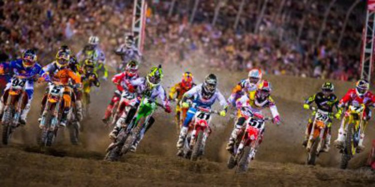 Anaheim acoge la primera ronda del AMA Supercross 2014