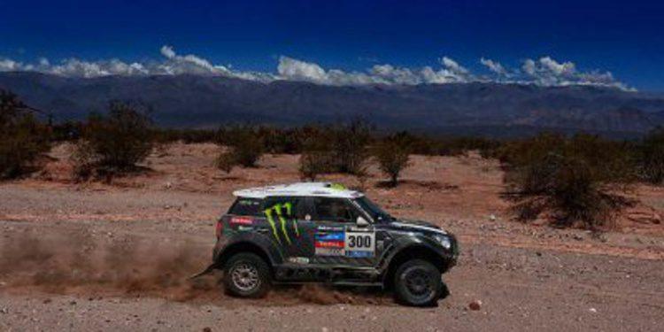 Dakar 2014, etapa 9: Triunfo de Stéphane Peterhansel que no se da por vencido