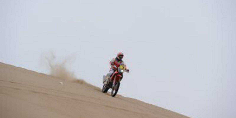 Dakar 2014, etapa 10: Joan Barreda gana y recupera terreno