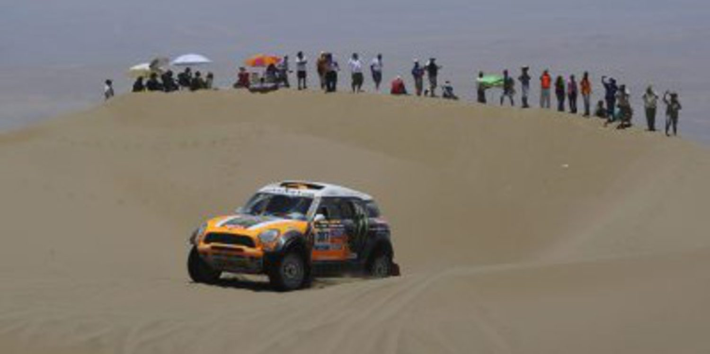 Dakar 2014, etapa 11: Orlando Terranova gana y Mini manda