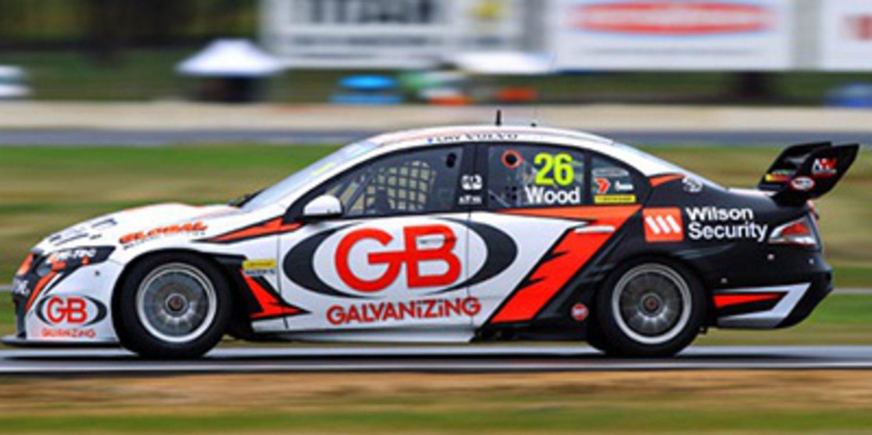 Dale Wood con Brad Jones Racing en los V8 Supercars 2014