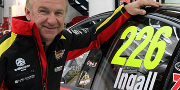 Russell Ingall continuará en los V8 Supercars