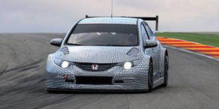 Honda muestra las primeras imágenes de su Civic TC1