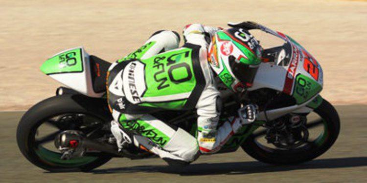 Antonelli y Kallio al frente de Moto2 y Moto3 en Valencia el primer día