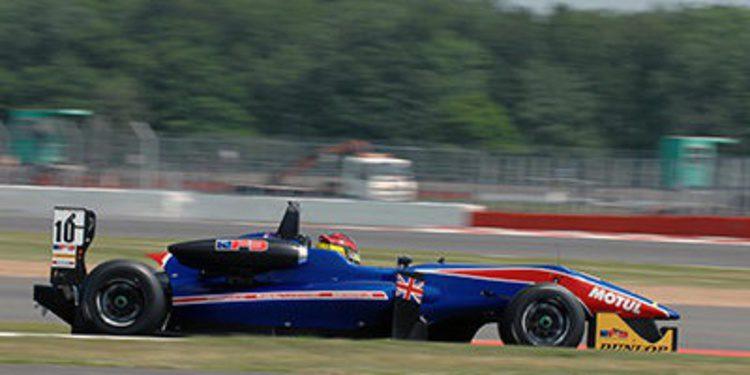 Emil Bernstorff se une a Carlin para la GP3 2014
