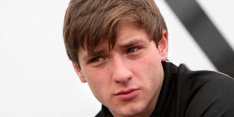 Jordan King renueva con Carlin en el FIA F3