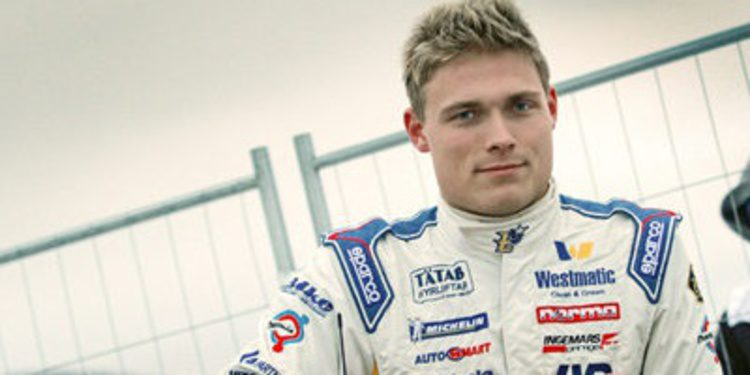 Pontus Tidemand cerca del WRC2 con un Fiesta R5