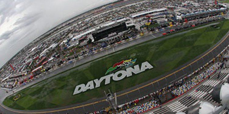 Dale Earnhardt Jr. brilla en las 500 de Daytona
