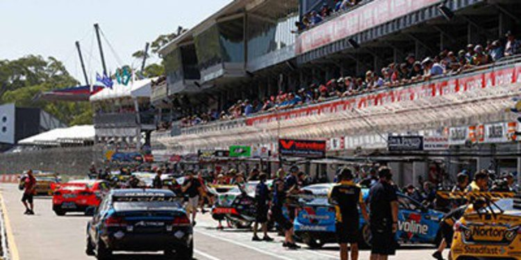 Clipsal 500: Brad Jones Racing domina los libres 4