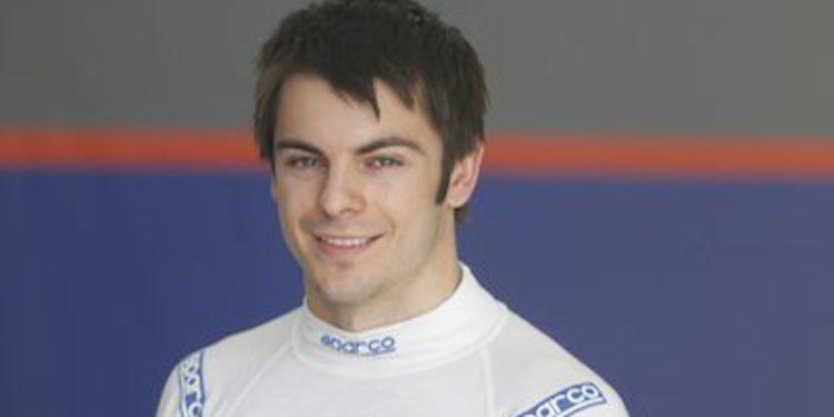 Adrian Quaife-Hobbs ficha por Rapax en GP2