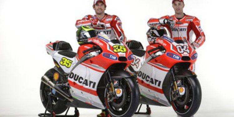 Todas la fotos de la presentación del Ducati Team