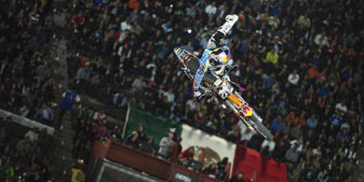 Levi Sherwood gana el Red Bull X-Fighters de México