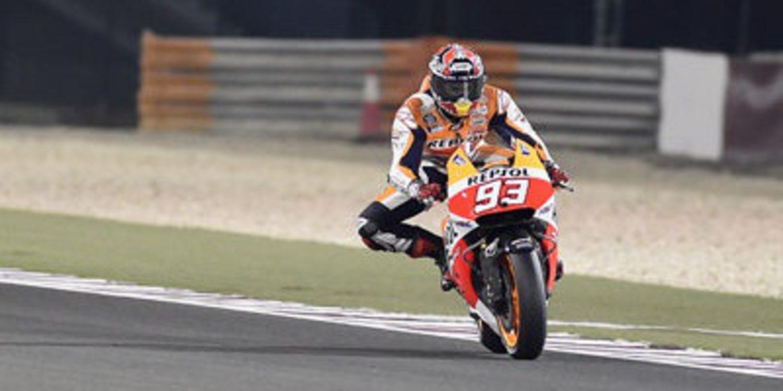 Marc Márquez bate a Valentino Rossi por el GP de Catar de MotoGP