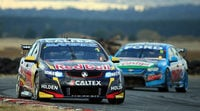 Tasmania 400: Jamie Whincup gana y Craig Lowndes enamora