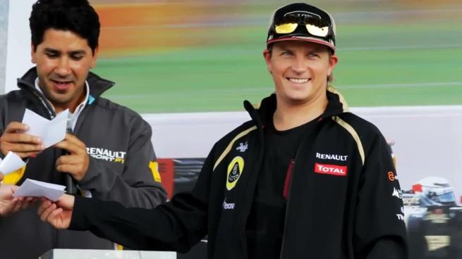 Kimi Räikkönen pilota el Renault Alpine A110-50