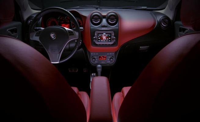 Alfa Romeo MiTo: Interior