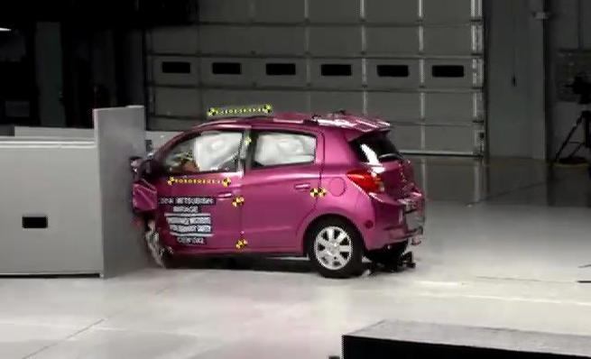 Crash test IIHS: Mitsubishi Mirage