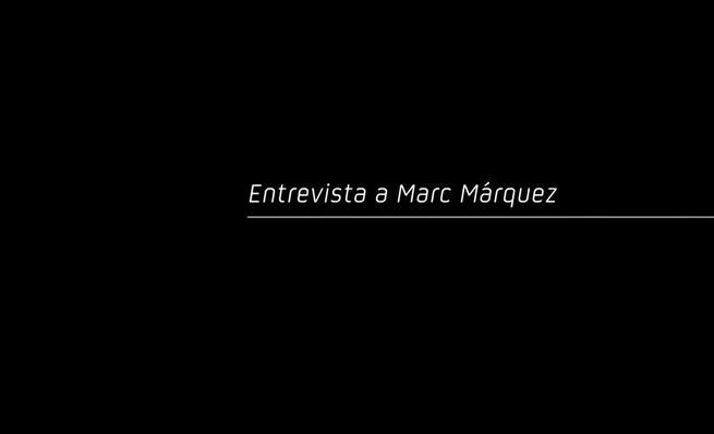 Marc Márquez es entrevistado antes del inicio de MotoGP