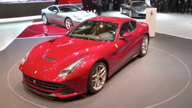 El Ferrari F12berlinetta se presenta en el Salón de Ginebra
