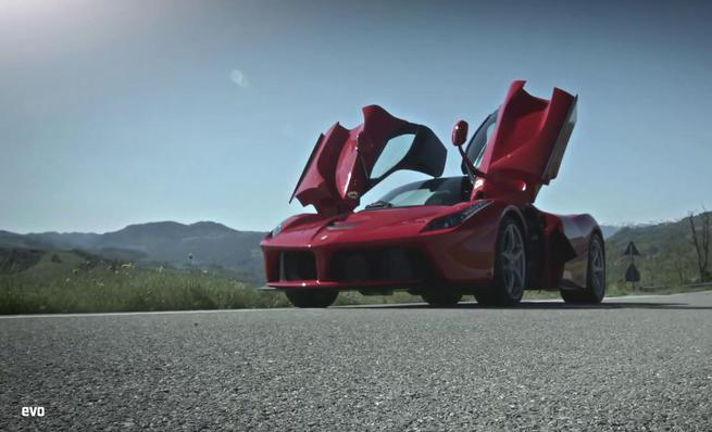 Test drive del Ferrari LaFerrari por EVO