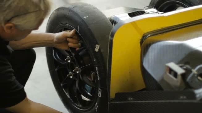 Los neumáticos del Nissan DeltaWing